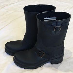 Hunter Short Matte Black Rain Boots